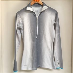 Nike Pro Dry-Fit pullover